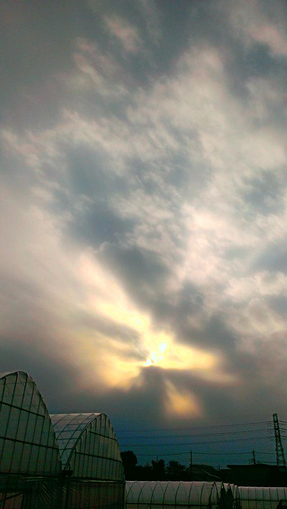 落日の晴れ間